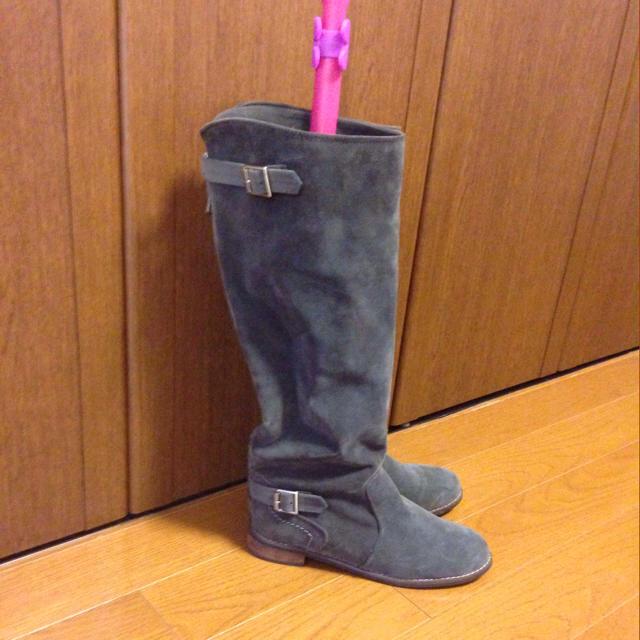 dholic(ディーホリック)の送料込★新品グレーロングブーツ レディースの靴/シューズ(ブーツ)の商品写真
