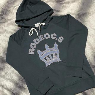 ロデオクラウンズ(RODEO CROWNS)のRODEO♥パーカー トレーナー デニムロゴ(パーカー)