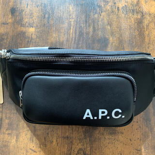 A.P.C - A.P.C 【新品・未使用】ボディバッグ ブラック