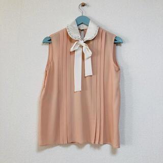 ミュウミュウ(miumiu)のmiumiu ミュウミュウ ブラウス 36 ピンク ビジュー 可愛い❤︎(シャツ/ブラウス(半袖/袖なし))