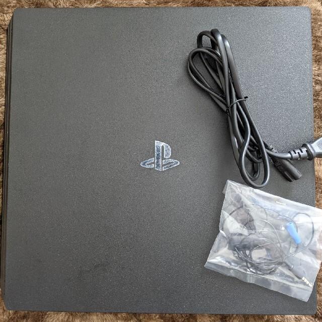 PlayStation4(プレイステーション4)のPlayStation4 Pro 1TB エンタメ/ホビーのゲームソフト/ゲーム機本体(家庭用ゲーム機本体)の商品写真