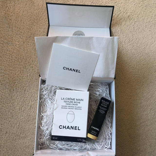 CHANEL(シャネル)のCHANEL ハンドクリーム リップクリーム セット売り♪ コスメ/美容のボディケア(ハンドクリーム)の商品写真