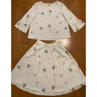 🌸ストロベリーフィールズ トップス  スカート 刺繍