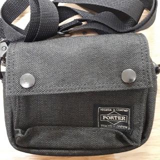 ポーター(PORTER)のPORTER×Nikon ミニポーチショルダー カメラケース(ケース/バッグ)