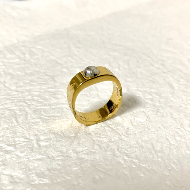 LOUIS VUITTON(ルイヴィトン)のVUITTON 指輪 リング レディースのアクセサリー(リング(指輪))の商品写真