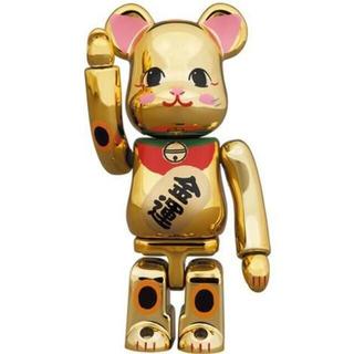 メディコムトイ(MEDICOM TOY)のBE@RBRICK 招き猫 金運 金メッキ 弐 100%(キャラクターグッズ)