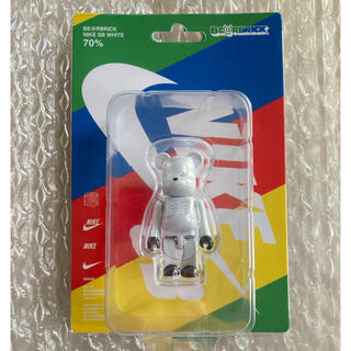 MEDICOM TOY - 非売品 BE@RBRICK NIKE SB WHITE 70% ナイキSB