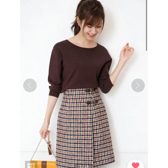 Apuweiser-riche(アプワイザーリッシェ)のベルトラップ風台形スカート レディースのスカート(ひざ丈スカート)の商品写真