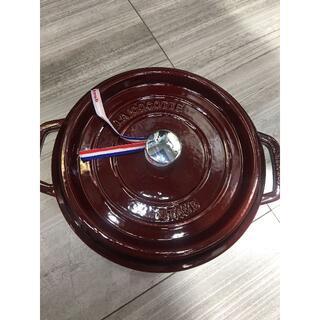 ストウブ(STAUB)のストウブ staub エナメル鍋 両手鋳物グレナディンレッド 24cm IH対応(鍋/フライパン)