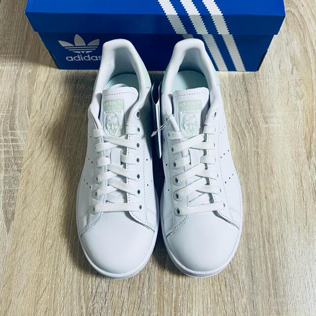 adidas(アディダス)のadidas Originals STAN SMITH W  23.5cm レディースの靴/シューズ(スニーカー)の商品写真