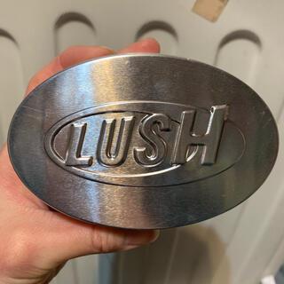 ラッシュ(LUSH)のLUSH マッサージバー缶(ボディオイル)