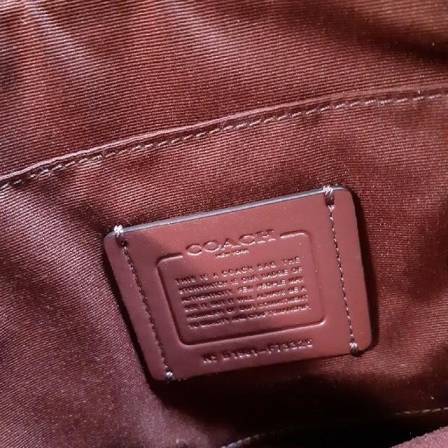 COACH(コーチ)の超美品❗COACH コーチ ベージュ ポシェット クロスボディ 斜めがけ 軽量 レディースのバッグ(ショルダーバッグ)の商品写真