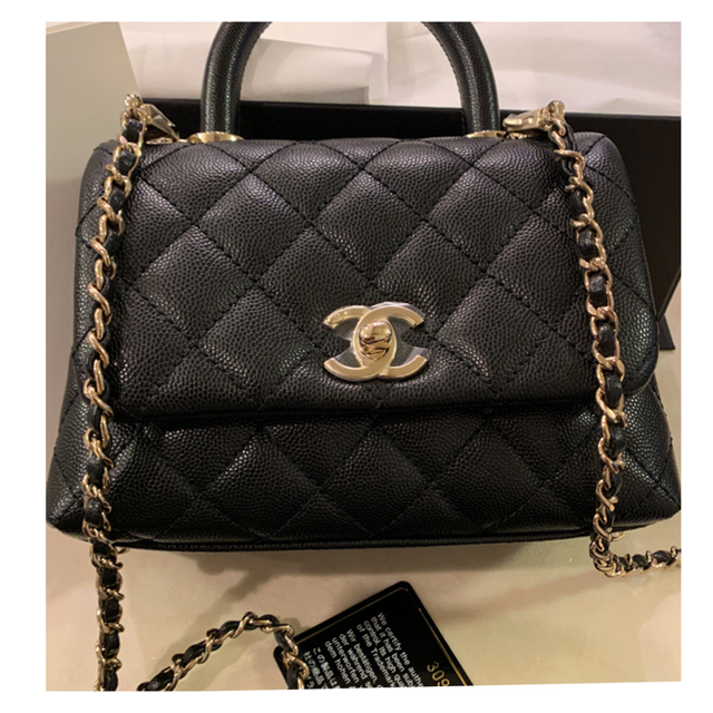 CHANEL(シャネル)のシャネル ココハンドル 新作 ブラック CHANEL ミニ XXS 黒 正規品 レディースのバッグ(ハンドバッグ)の商品写真