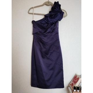 リプシー(Lipsy)の【カレンミレン】UK8 ドレス(ミディアムドレス)