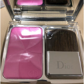 Dior - Dior ディオールスキン ロージー グロウ