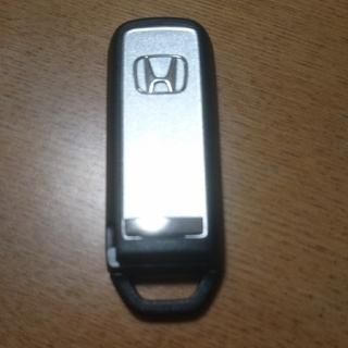 ホンダ(ホンダ)のホンダ Nシリーズ スマートキー カバー シルバー(汎用パーツ)