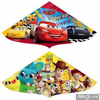 ディズニー(Disney)の 新品 カイト 凧 2個セット トイストーリー カーズ (その他)