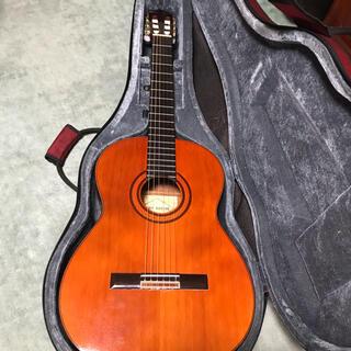 送料込クラシックギターギタルラ社エコールE300(セミハードケース付)(クラシックギター)