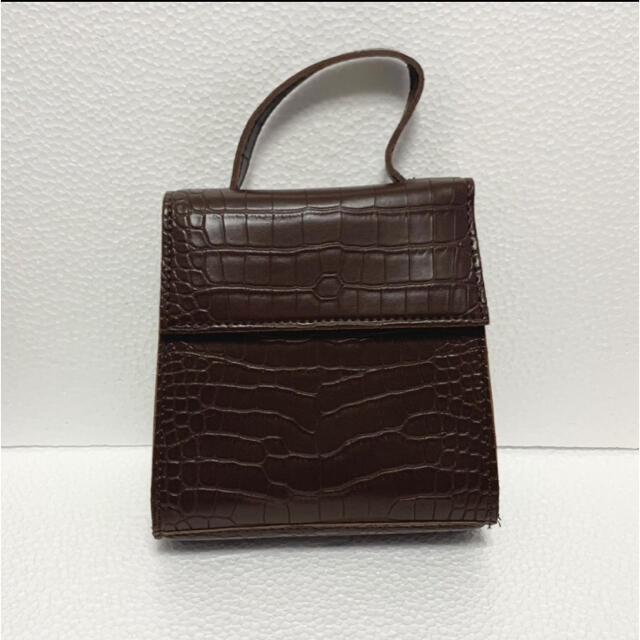 クロコ柄 スクエアショルダーバッグ ブラウン 茶 型押し ハンドバッグ 2way レディースのバッグ(ショルダーバッグ)の商品写真
