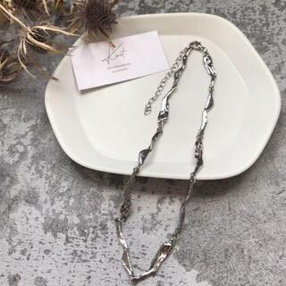 Ameri VINTAGE - une necklace-silver-