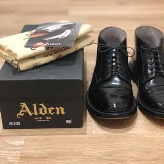 Alden - Alden レザーソウル別注6アイレット チャッカブーツ コードバン