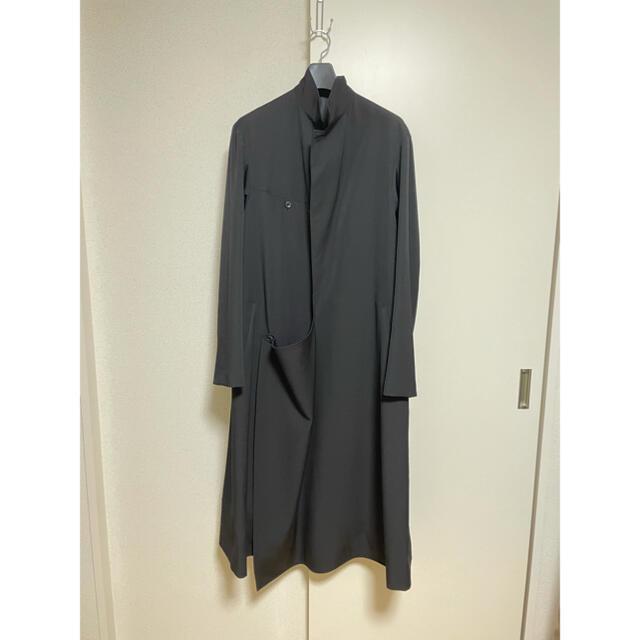Yohji Yamamoto(ヨウジヤマモト)のyohjiyamamotopourhomme 18aw ベルト コート メンズのジャケット/アウター(その他)の商品写真