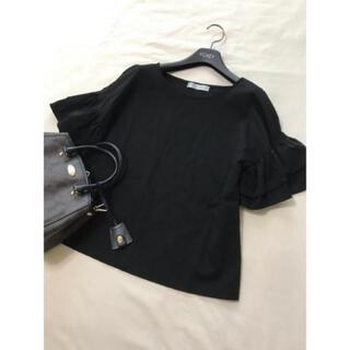 エムプルミエ(M-premier)の美品 エムプルミエ  クチュール 2018 フリル カットソー 黒 ブラック(Tシャツ(半袖/袖なし))