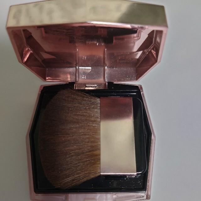 MAQuillAGE(マキアージュ)のマキアージュパウダー コスメ/美容のベースメイク/化粧品(フェイスパウダー)の商品写真