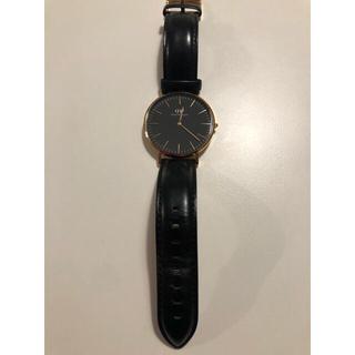 ダニエルウェリントン(Daniel Wellington)のdanielwellington ブラック ゴールド 40mm(腕時計(アナログ))
