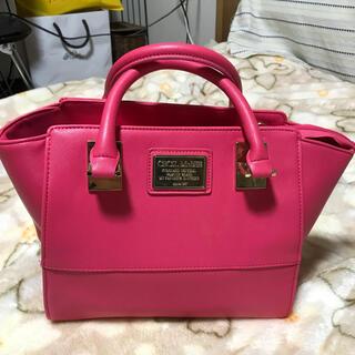 セシルマクビー(CECIL McBEE)のセシルマクビー 濃いピンク色ハンドバッグ(ハンドバッグ)