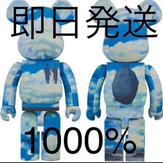 メディコムトイ(MEDICOM TOY)のpopbyjun BE@RBRICK René Magritte 1000%(キャラクターグッズ)