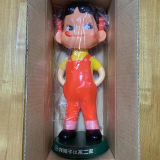 新品 不二家 ペコちゃん ソフビ 首振り人形 レア 昭和レトロ(キャラクターグッズ)