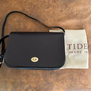IL BISONTE - TIDEWAY タイドウェイ メタルロックフラップショルダーバッグ ブラック