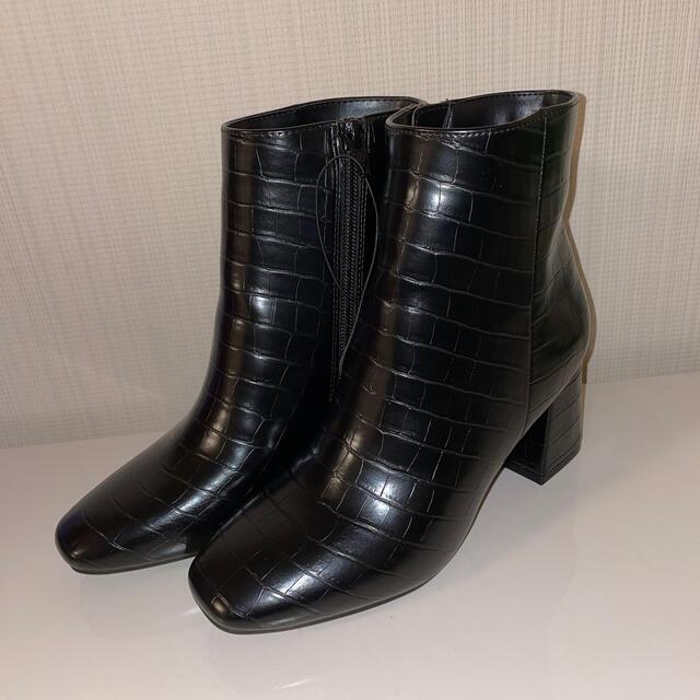 GU(ジーユー)のスクエアトゥヒールブーツ キッズ/ベビー/マタニティのキッズ靴/シューズ(15cm~)(ブーツ)の商品写真