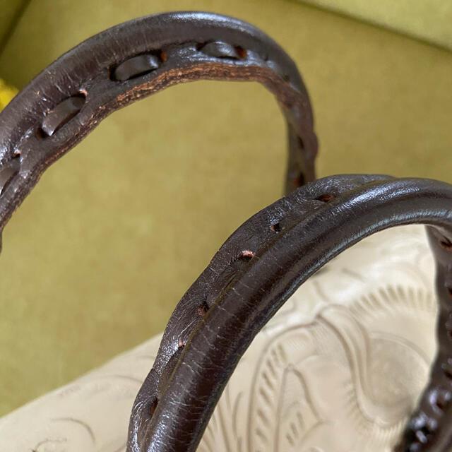 GRACE CONTINENTAL(グレースコンチネンタル)の【送料込•週末特価】カービングトライブス ステッチマエストラS レディースのバッグ(ハンドバッグ)の商品写真