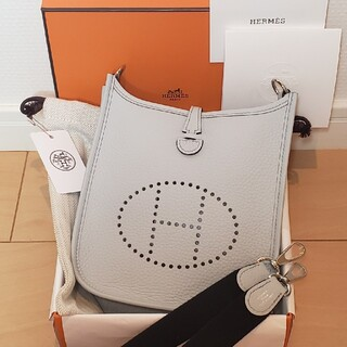 Hermes - ✨新品✨【HERMES】ブルーペール★エヴリン16TPM