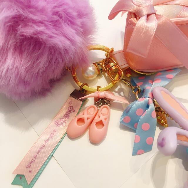 ステラ・ルー(ステラルー)のステラルー キーホルダー キーチェーン リップケース エンタメ/ホビーのおもちゃ/ぬいぐるみ(キャラクターグッズ)の商品写真