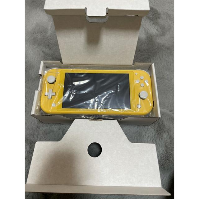Nintendo Switch(ニンテンドースイッチ)のニンテンドースイッチライト エンタメ/ホビーのゲームソフト/ゲーム機本体(携帯用ゲーム機本体)の商品写真
