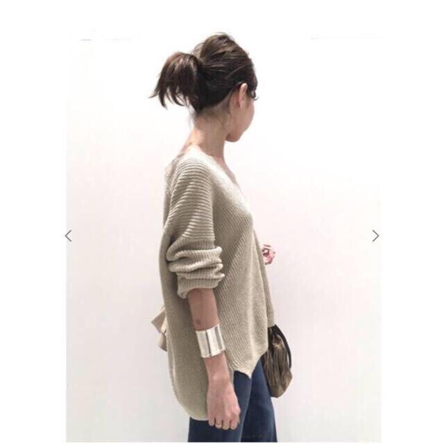 L'Appartement DEUXIEME CLASSE(アパルトモンドゥーズィエムクラス)の専用 新品タグ付 アパルトモン アゼVネック Knit レディースのトップス(ニット/セーター)の商品写真