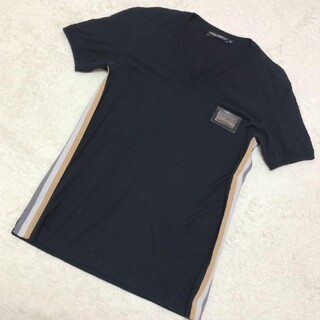 DOLCE&GABBANA - DOLCE&GABBANAロゴプレートTシャツ