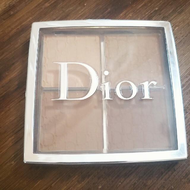 Dior(ディオール)のディオール バックステージ コントゥール パレット 001 コスメ/美容のベースメイク/化粧品(フェイスカラー)の商品写真