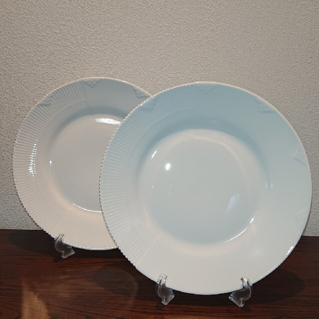 ROYAL COPENHAGEN(ロイヤルコペンハーゲン)のロイヤルコペンハーゲン ホワイトエレメンツ プレート2枚組 インテリア/住まい/日用品のキッチン/食器(食器)の商品写真