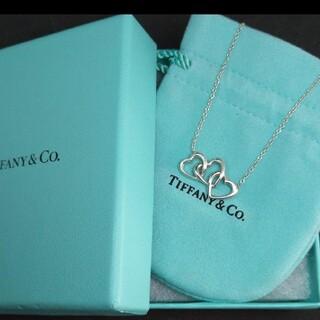 Tiffany & Co. - 美品*Tiffany ティファニートリプルハートネックレス☆保存袋と箱付き