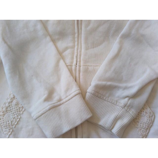 GU(ジーユー)のgu  ジップアップ パーカー 110  キッズ/ベビー/マタニティのキッズ服女の子用(90cm~)(ジャケット/上着)の商品写真