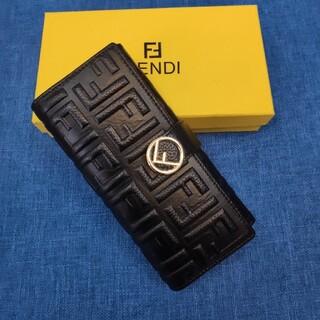 FENDI - 素敵★送料込み  FENDIフェンディ 二つたたみ  折り財布 小銭入れ