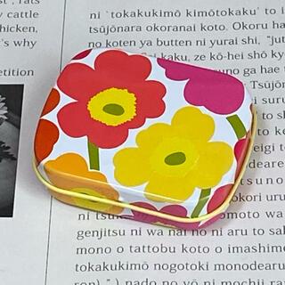 マリメッコ(marimekko)のマリメッコ ウニッコ ピルケース缶(小物入れ)