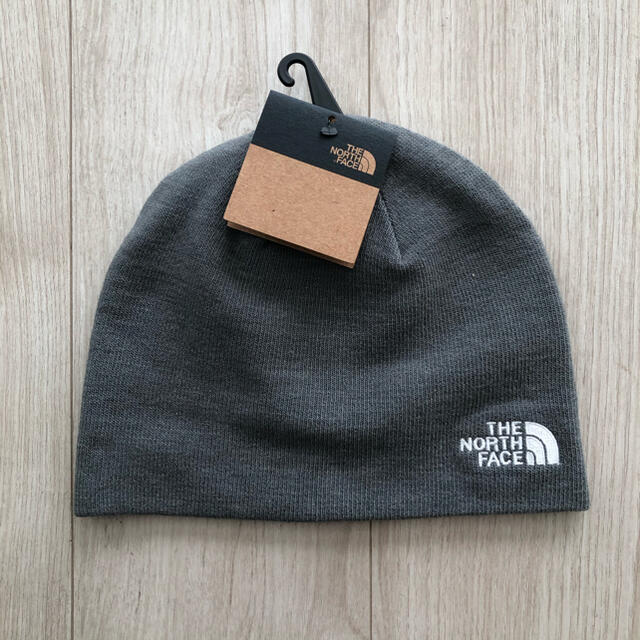 THE NORTH FACE(ザノースフェイス)の【限定入荷】ノースフェイス ユニセックス ニット帽 ビーニー グレー メンズの帽子(ニット帽/ビーニー)の商品写真