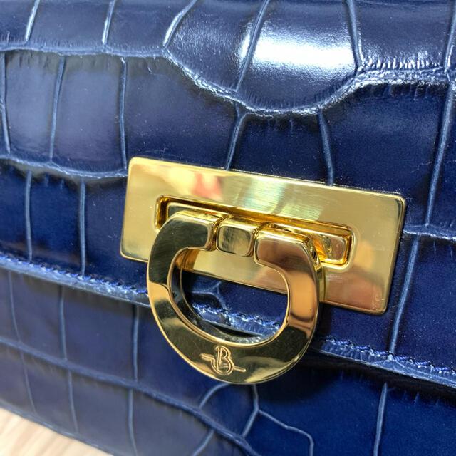 TOMORROWLAND(トゥモローランド)のcarbotti ミニハンドバッグ レディースのバッグ(ハンドバッグ)の商品写真