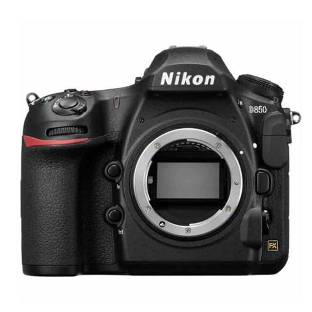 Nikon(ニコン)のD850  一眼レフ フルサイズ レンズ付き NIKKOR スマホ/家電/カメラのカメラ(デジタル一眼)の商品写真