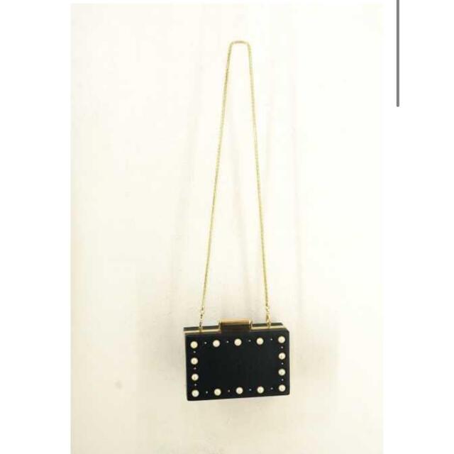 ZARA(ザラ)のザラ パール チェーンバッグ ショルダー クラッチ 黒 ブラック レディースのバッグ(ショルダーバッグ)の商品写真